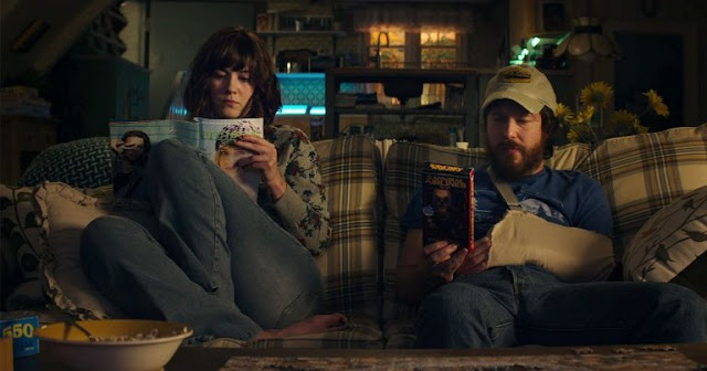 "Veja o segundo trailer do suspense ""Rua Cloverfield, 10"", com John Goodman e Mary Elizabeth Winstead"
