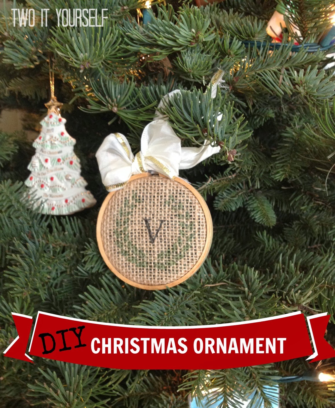 Two It Yourself: {10 Minute} DIY Christmas Ornaments