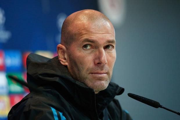 Laporan: Zinedine Zidane Mendorong Real Madrid Menjual Isco