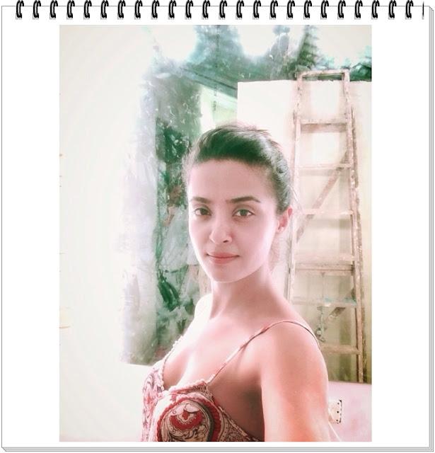 Surveen-Chawla-Hot-Photos-7