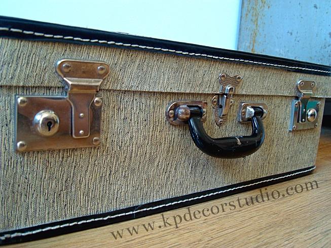 b63843712 Maletas antiguas en buen estado de conservación y a buen precio. Comprar  equipaje antiguo en buenas condiciones para decorar