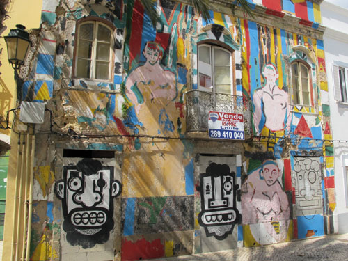 Faro mural, Algarve