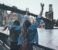 http://the-optimistic-side.blogspot.com.es/2016/01/lo-que-le-hace-ser-tu-mejor-amiga.html