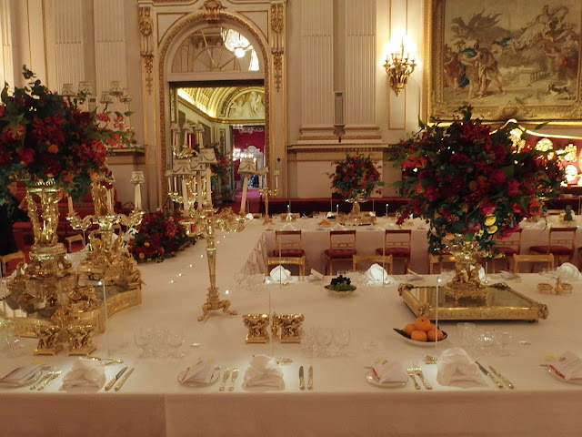 State banquet setting II