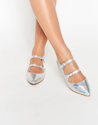 zapatos plateados sin tacon