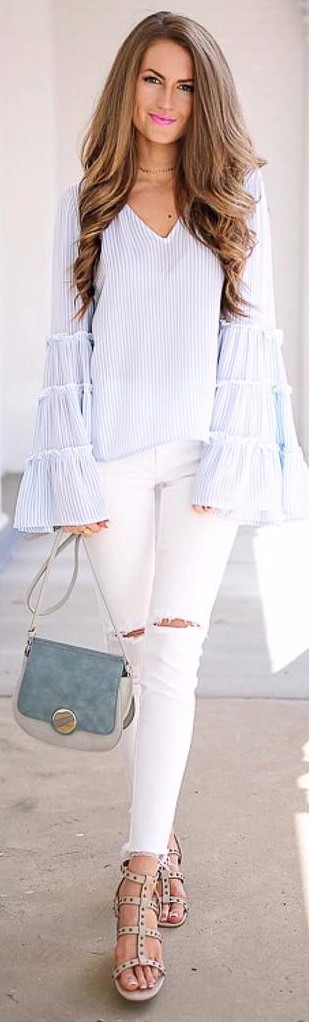 bell sleeves + white skinnies