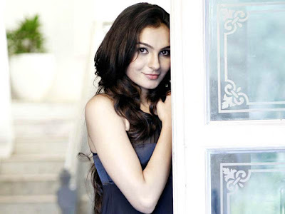 Andrea Jeremiah. Andrea Jeremiah is Indian Tollywood film actress,