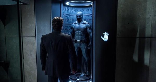 """Ben Affleck já havia confirmado que não séria mais o Batman. Porém na ocasião, o ator foi meio """"estranho"""" ao declarar isso. Mas desta vez, ele confirmou com todas as letras """"Eu não sou mais o Batman"""" em uma entrevista para a TV."""