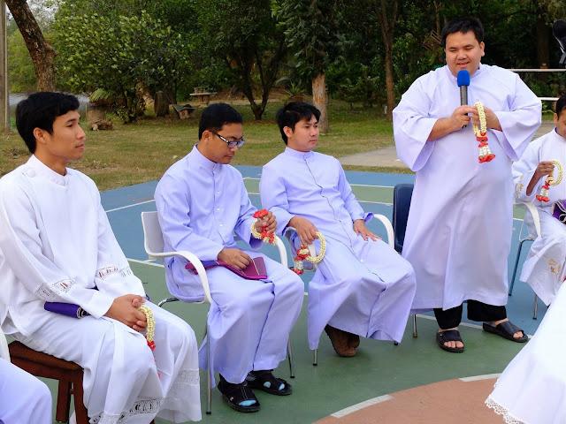 Nuevos sacerdotes de Udon (Tailandia)