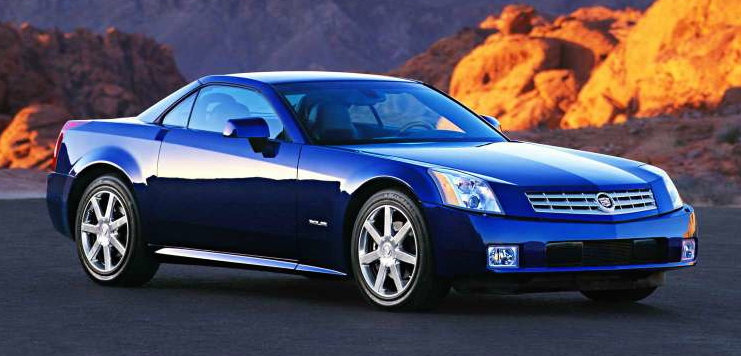 High Quality 2004 Cadillac XLR   Front 3/4 View. Most Publicity Photos Of XLRs Are Shot  From An Unnaturally Low Point Of View (see Images Below).