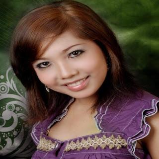 Download MP3 & Lirik Lagu Tarling Yoshica Komara - Wadon Anyar