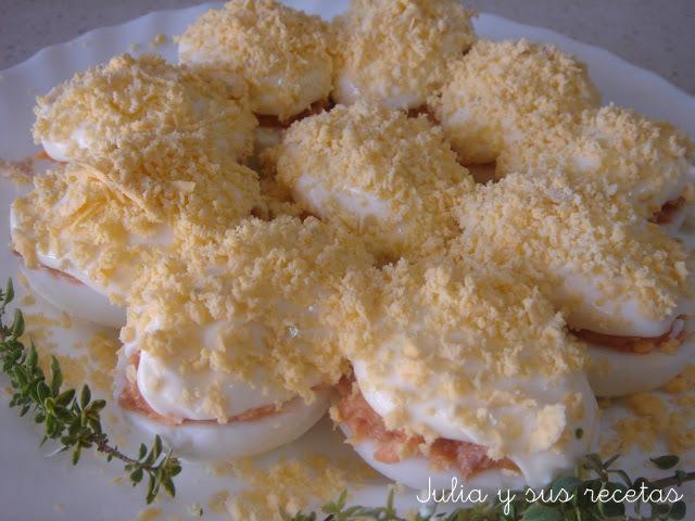 Huevos rellenos de atún. Julia y sus recetas