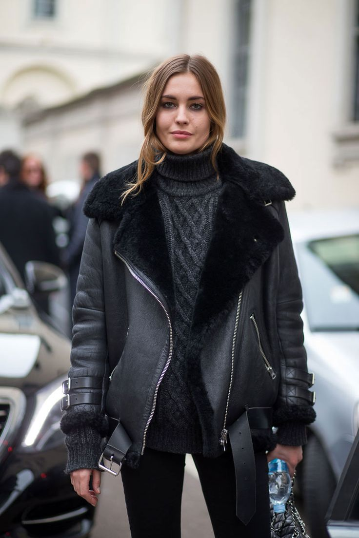 fall autumn winter fashion inspiration inspo blogger leather shearling jacket black rollneck jumper