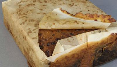 Kue Berumur 106 Tahun Ini Ternyata Masih Bisa Dimakan