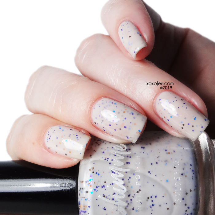 xoxoJen's swatch of kbshimmer Clothes Minded