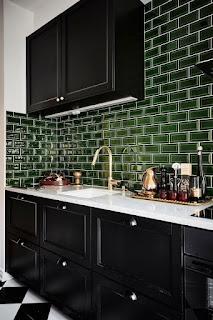Аристократический, серо-зелёный оттенок плитки