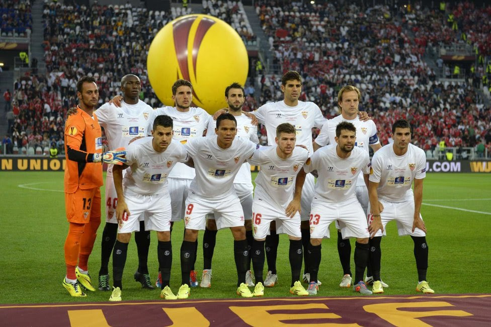 SEVILLA FC TEAM PHOTO UEFA EUROPA LEAGUE FINAL 2014