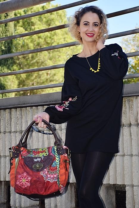 Outfit-vestido-negro-aplique-bordado-4