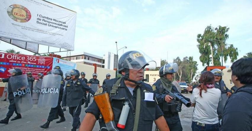 UNMSM: Policía detiene a 16 estudiantes tras restablecer el orden en Universidad San Marcos