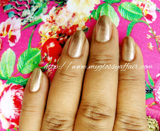 Sally Hansen Hard As Nails Xtreme Wear Nail Color 485 Golden - I Swatches and Review