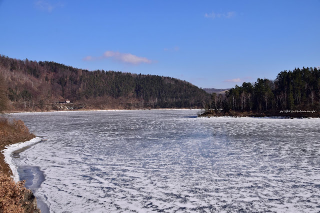 Zapora Pilchowicka, zamarznięta woda