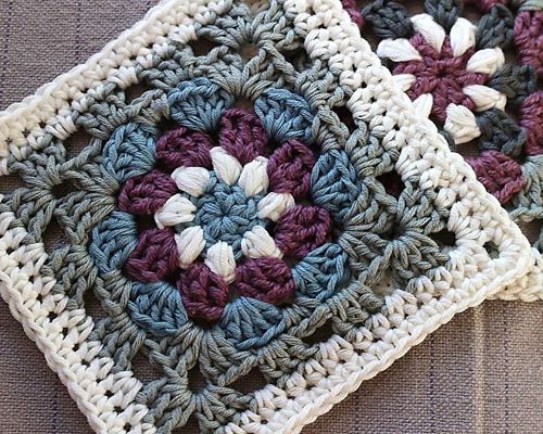 Lily Pad - Granny Square - Free Pattern