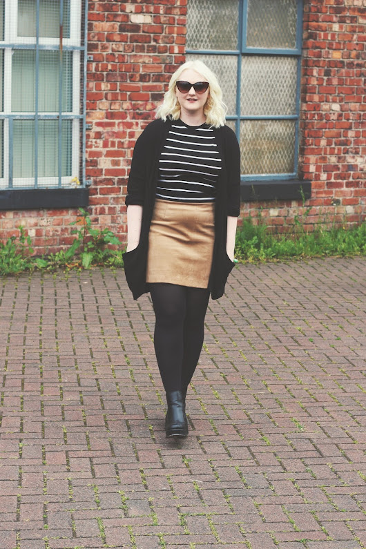 OOTD | Suede & Stripes | Je Suis Cat | A Fashion and Lifestyle Blog