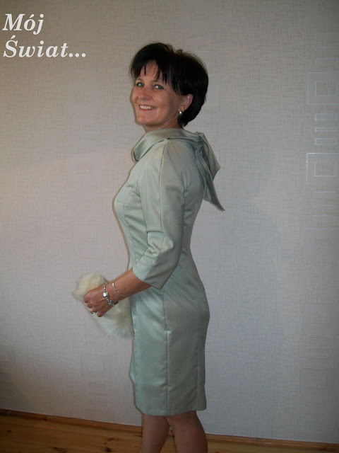 Sukienka z szalem z Burda 08/2011
