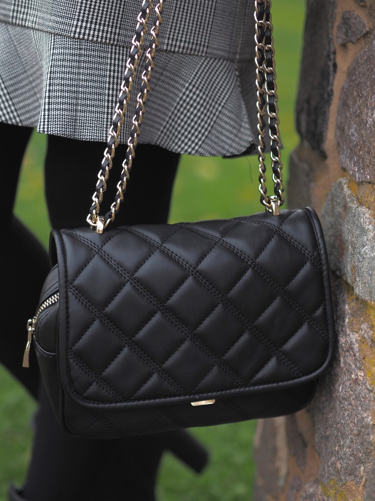 Zara long sleeve Prince of Wales check dress \ black quilted handbag \ Priceless Life of Mine \ Over 40 lifestyle blog