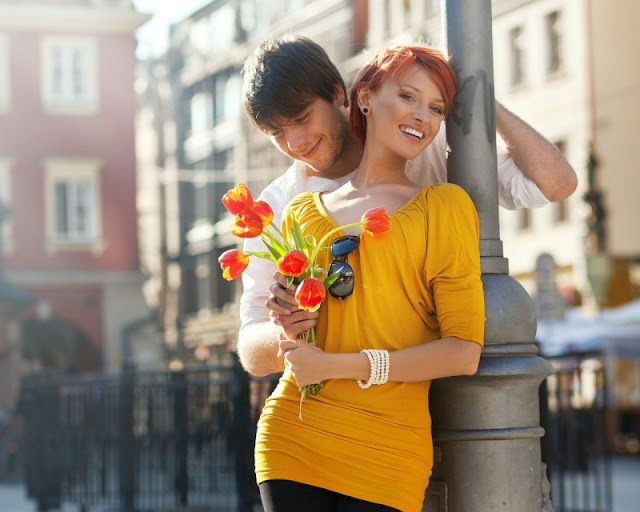 10 Ways to Fall In Love All Over Again