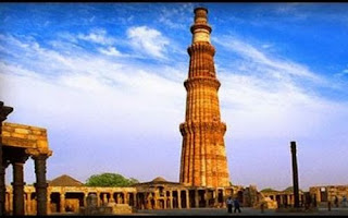 Waste made Qutub Minar installed near IGI airport