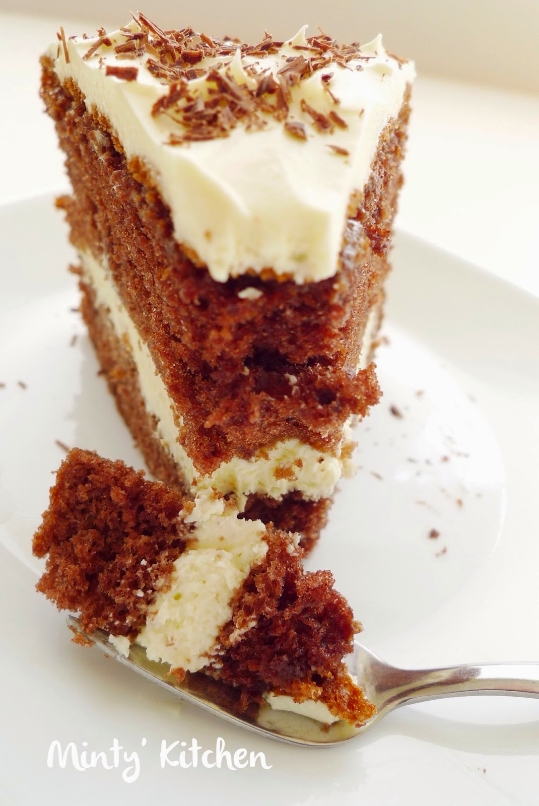 Minty 39 s kitchen chocolate sponge cake with cream cheese for Chocolate sponge ingredients