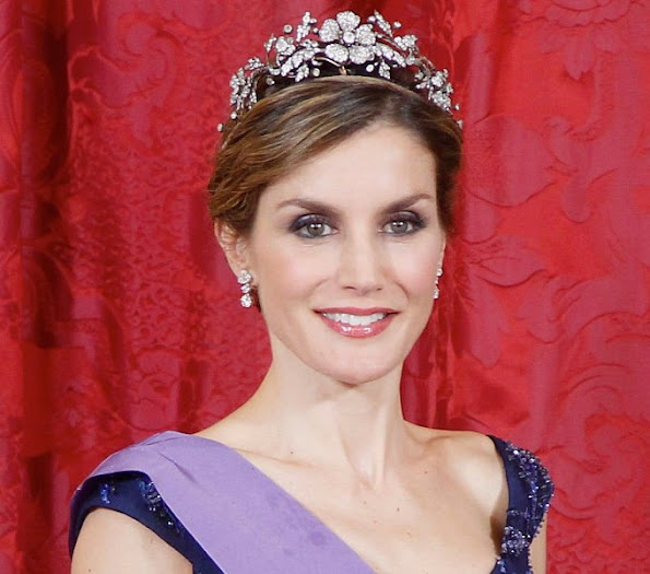 King Felipe VI of Spain and Queen Letizia of Spain host a dinner for Peruvian President Ollanta Humala Tasso and wife Nadine Heredia Alarcon