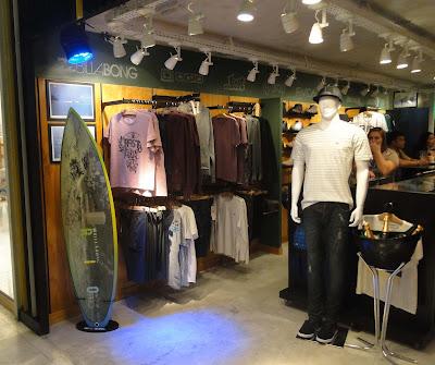 A Star Point, maior e mais premiada rede de lojas de moda praia, surf e  skate do país, inaugurou ontem, dia 25 de julho, mais uma loja no estado do  Rio de ... 3d86744ec0
