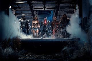 liga de la justicia: superman regresa en un nuevo poster
