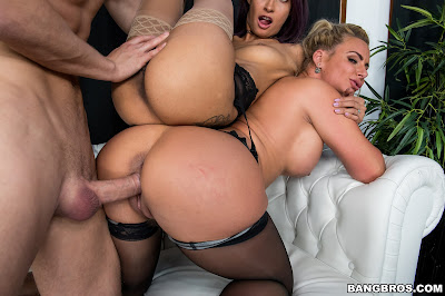 Phoenix Marie, Jade Jantzen – Thankful for a Wild 3some – BangBros