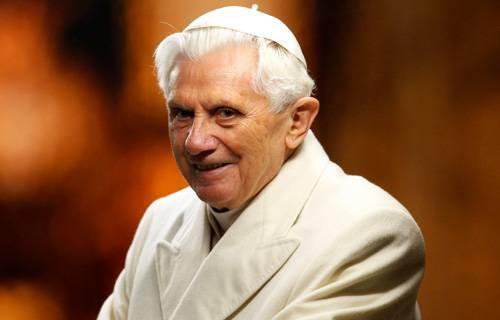 Papa Emérito Bento XVI chega ao Facebook