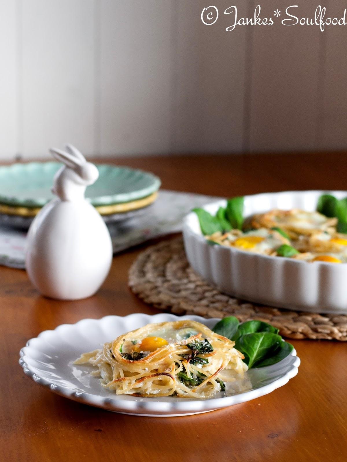 Spaghetti-Nester zum Osterbrunch