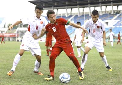 gambar timnas U - 19 vs Vietnam aksi foto Egy
