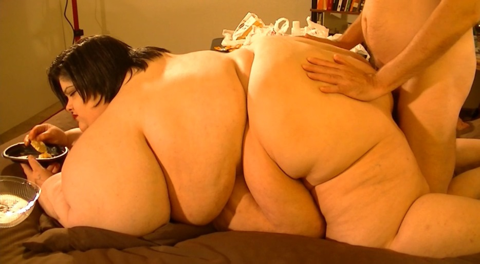 Amateur fat wives on video