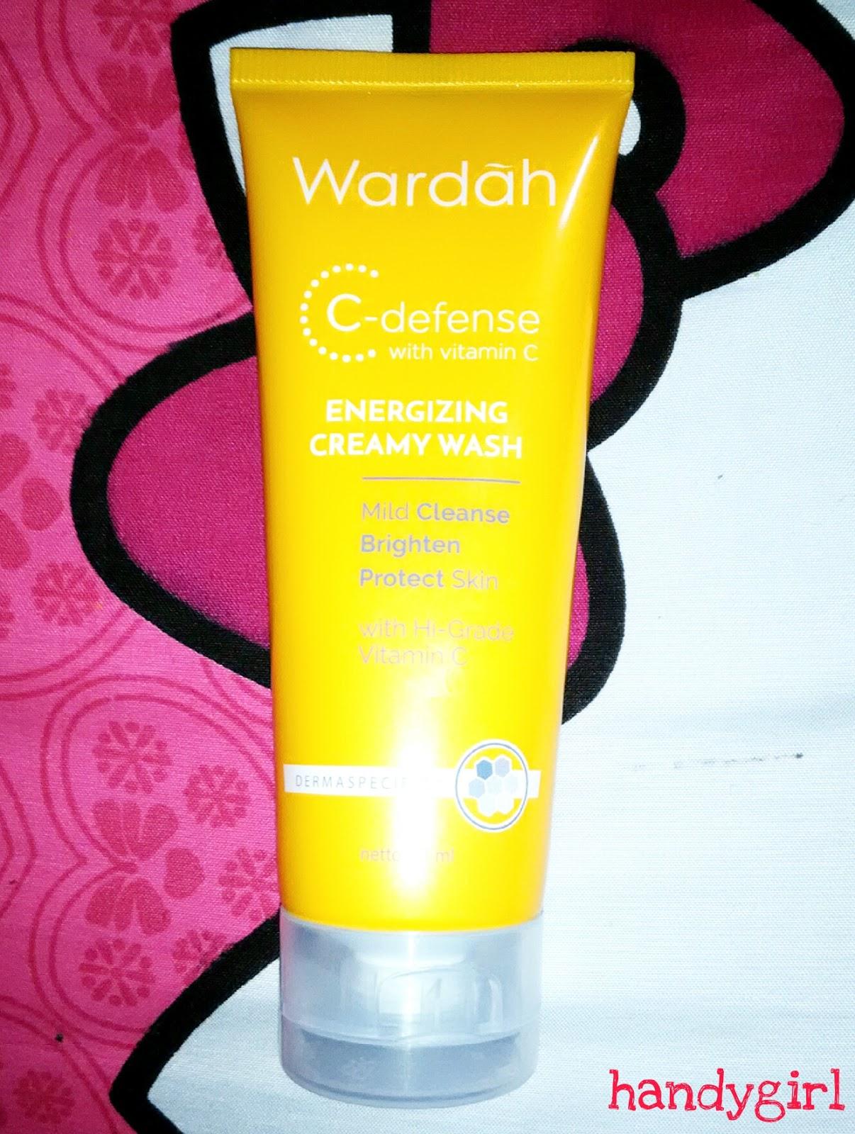Handy Girl Review Wardah C Defense Energizing Creamy Wash Defence Serum Di Bagian Depan Itu Tertulis Kalau Nya Aku Ngerti Sih Sama Lah Kayak Dd Creamnya Yaitu Mengandung Vitamin