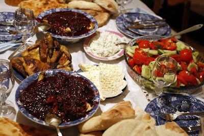 Kaukasus: Enjoy a long breakfast of two weeks in the Caucasus
