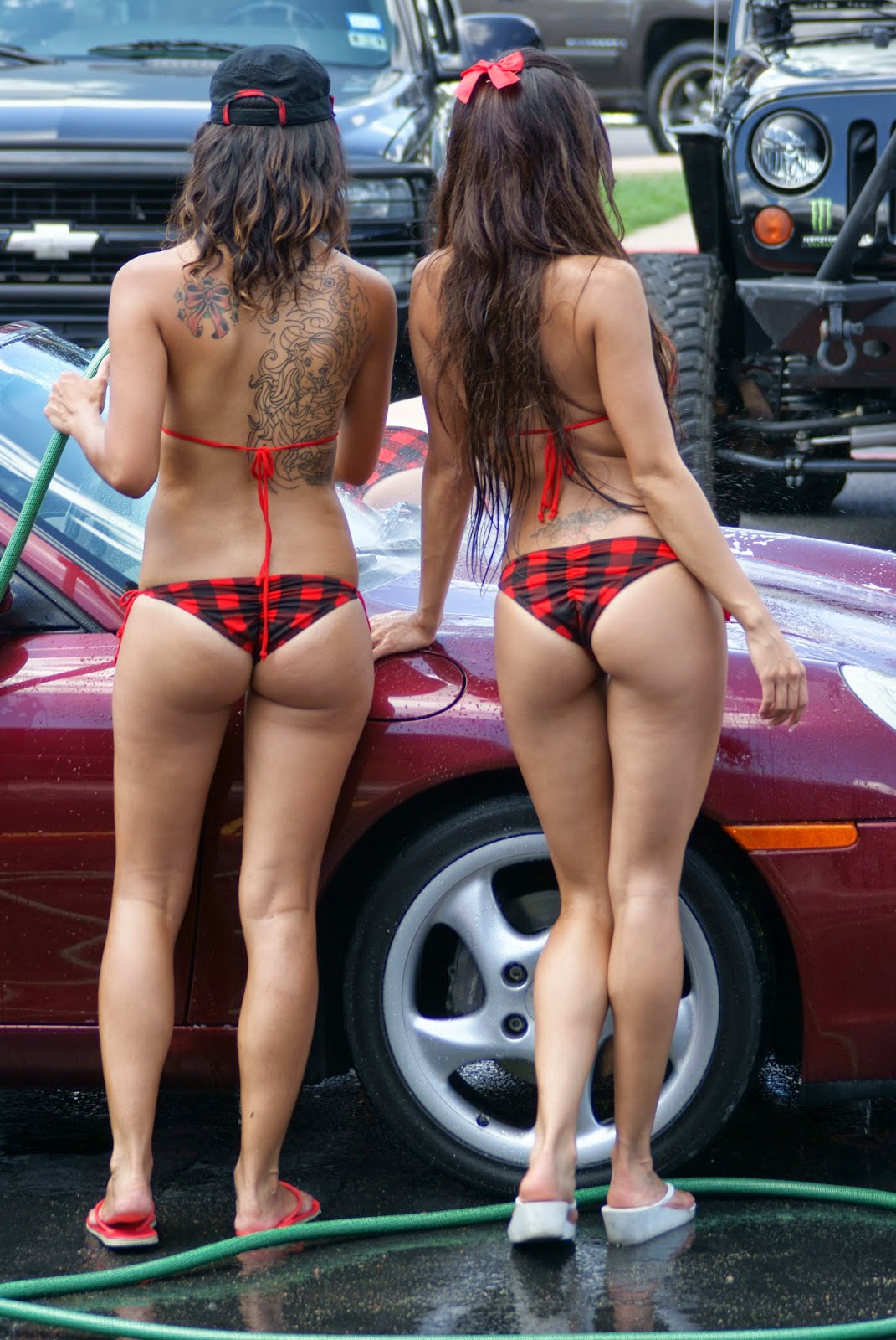 Sexy Nude Car Wash Babes