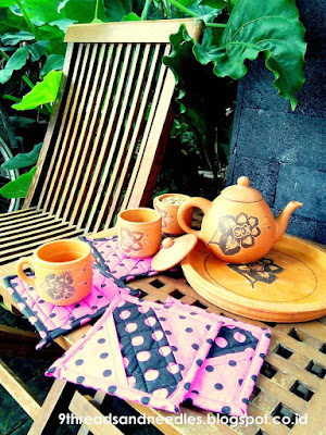 pot holder - mug rug