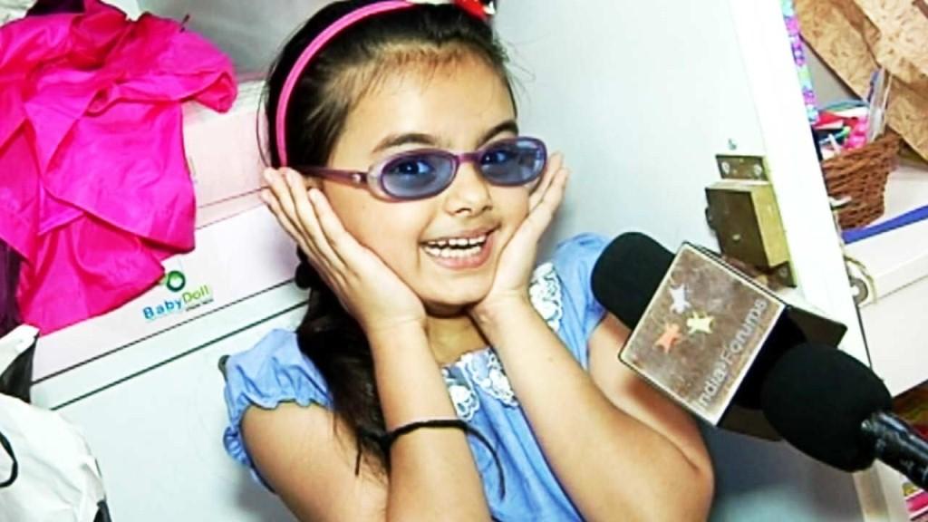 Foto Ruhanika Dhawan_Pemeran Ruhi Raman Bhalla_Serial Mohabbatein ANTV_Cantik Imut Cerdas_dua dua