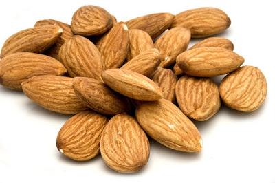 kacang almond, manfaat kacang almond, manfaat kacang almond untuk kesehatan, kandungan gizi kacang almond, kandungan nutrisi kacang almond,