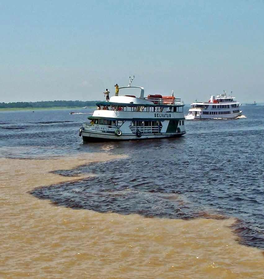 Brasil+sem+agua+Confluencia+dos+rios+Negro+e+Amazonas.jpg