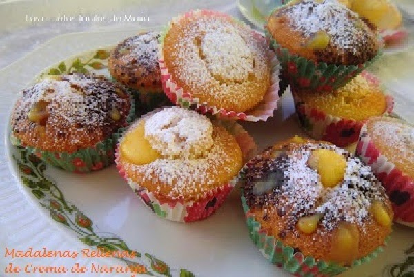 Magdalenas rellenas de crema de naranja