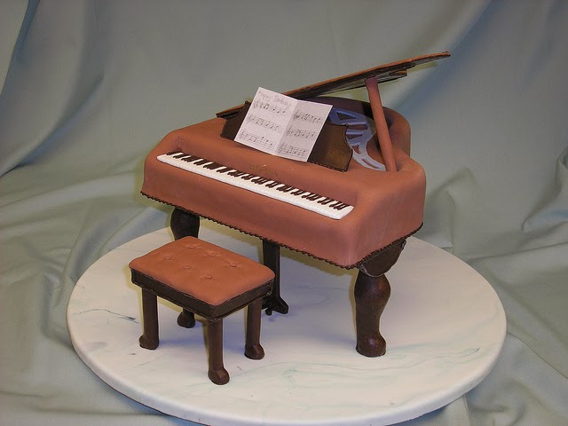 cake - Grand Piano per aalphotos a Flickr