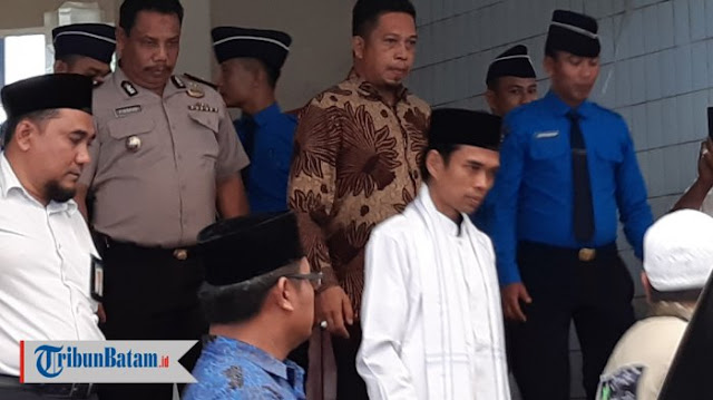 Zulkifli Hasan Ikhlas Jika Prabowo Gaet Abdul Somad